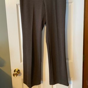 New York and Company 7th Avenue pant-pull on